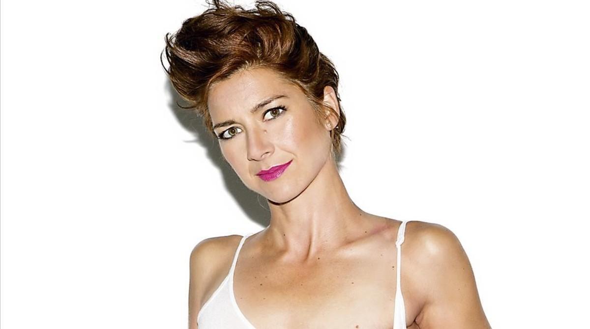 La 'runner' que venció al cáncer de mama, en la portada de 'Interviú'.