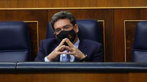 Pleno del Congreso , en la imagen el ministro de Inclusión , Seguridad Social y Migraciones José Luis Escrivá.