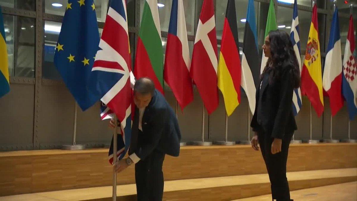 La Unión Europea arría la bandera del Reino Unido