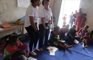Nepal Proyecto The Rato Baltin para trabajar la educacion sexual y la menstruaccion con el uso de la copa menstrual para las mujeres del Nepal.