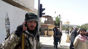 Els talibans asseguren haver pres quatre capitals de província, incloses Kandahar i Herat