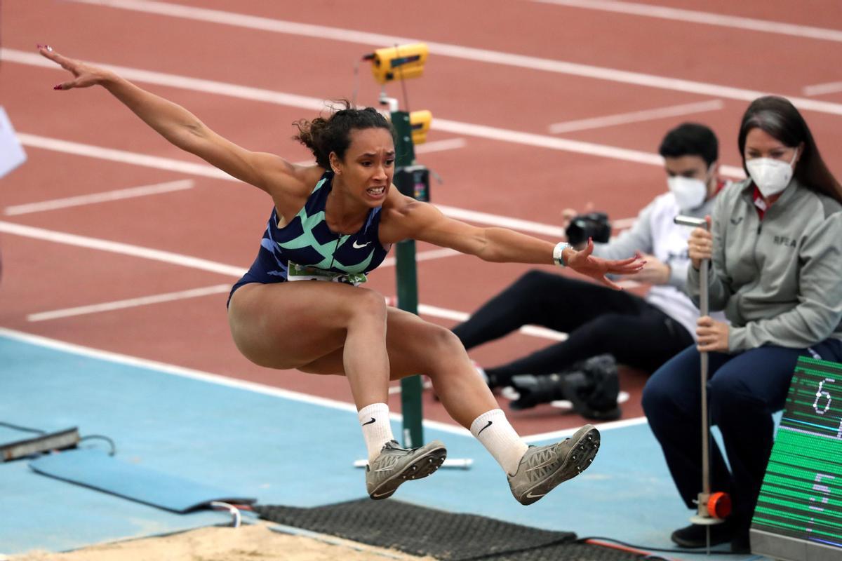 Dones i esport: l'eterna carrera