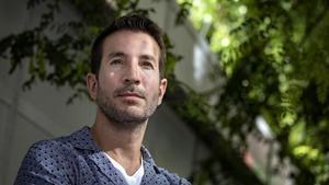 El escritor y guionista Alex Michaelides, este jueves en Barcelona.