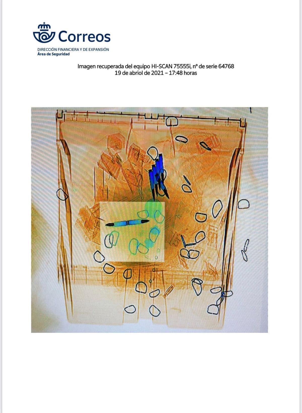 Imagen de una de las cartas amenazantes dirigidas a Fernando Grande-Marlaska, María Gámez y Pablo Iglesias, en la que se ven las cuatro balas que contenía