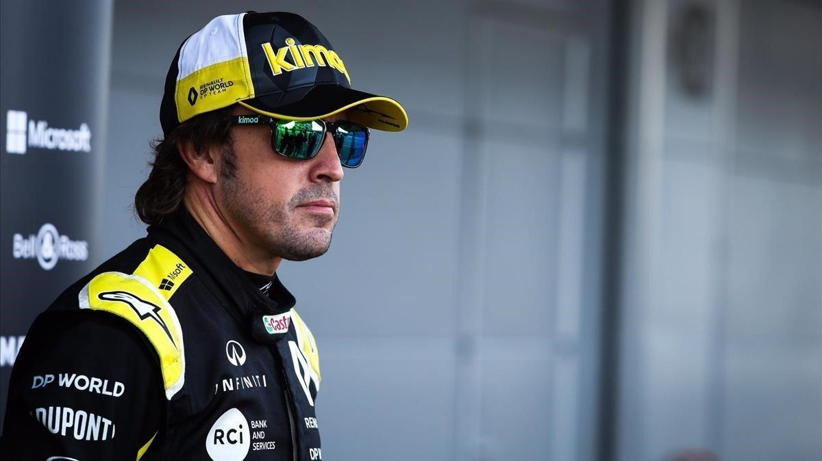 Alonso, este martes antes de su ensayo con Renault.