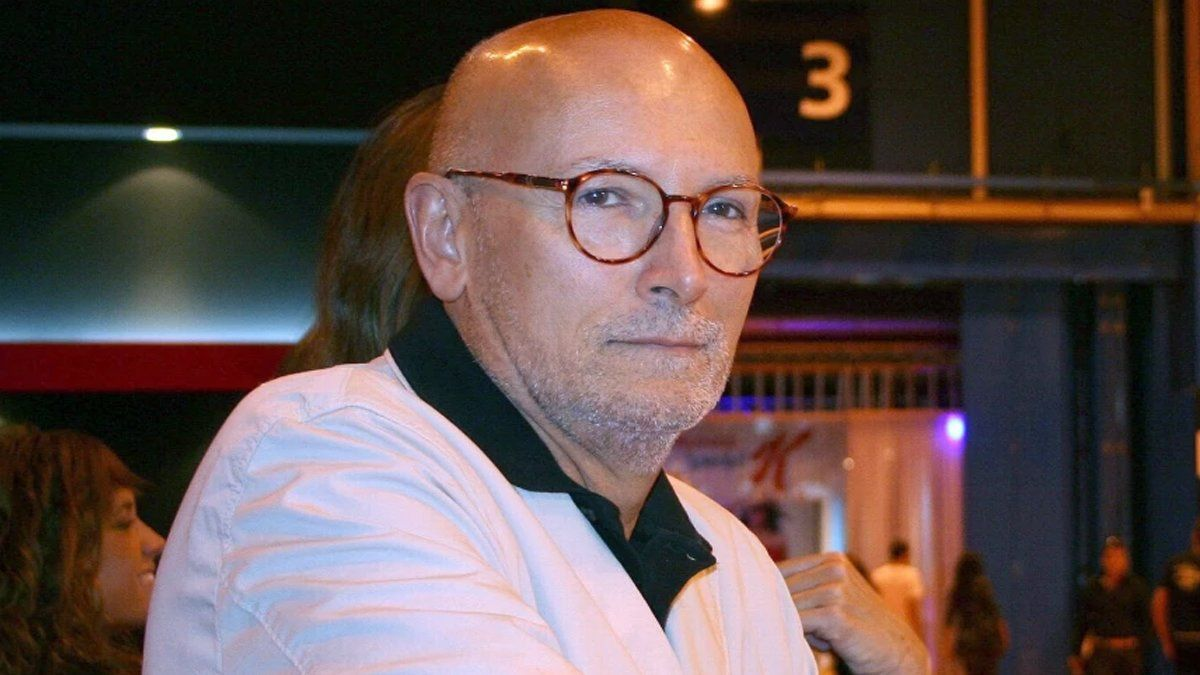 Muere Carlos García Calvo, experto en moda y cronista de la reina Letizia