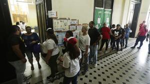Panamà vota un nou president que l'alliberi de la corrupció