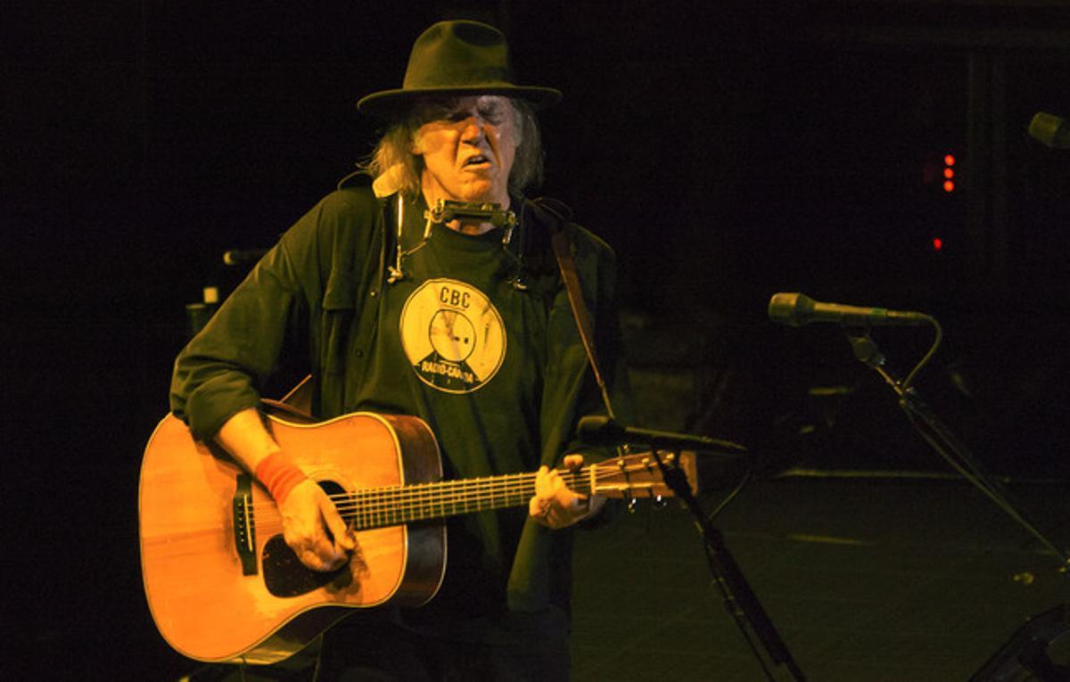 Neil Young en Les Arenes de Nimes.
