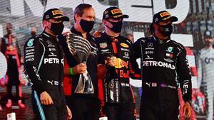 Max Verstappen (Red Bull) gana en Abu Dhabit el último GP de la temporada.