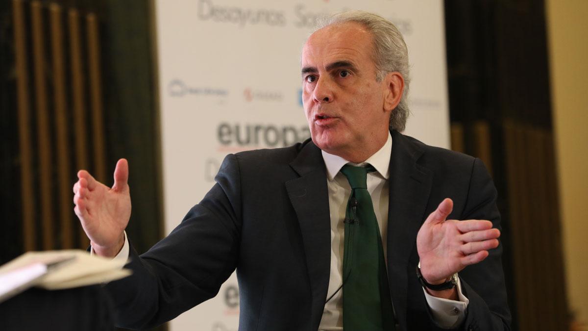 La Comunidad de Madrid estudia pedir al Gobierno el toque de queda.Así lo ha avanzado el consejero de Sanidad, Enrique Ruiz Escudero.