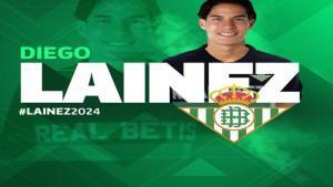 Diego Lainez, de apenas 18 años de edad es la nueva contratación del Real Betis en la liga española. Twitter Real Betis Balompié