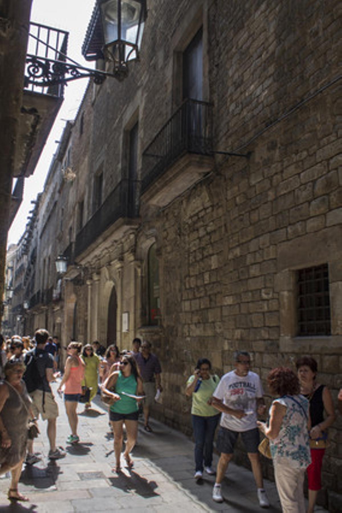 El Palau Nadal y el del Marquès de Llió cobijan elMuseu de Cultures del Món enla calle de Montcada, en el barrio del Born.
