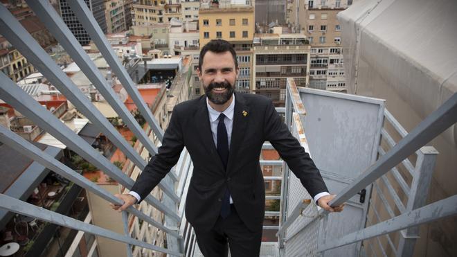 Entrevista al Conseller dEmpresa i Treball, Roger Torrent