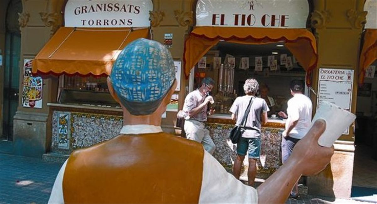 La fachada de la horchatería y heladería El Tío Che, el pasado jueves, en la Rambla de Poble Nou.