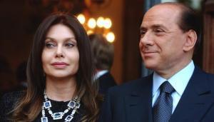 Berlusconi y Veronica Lario.
