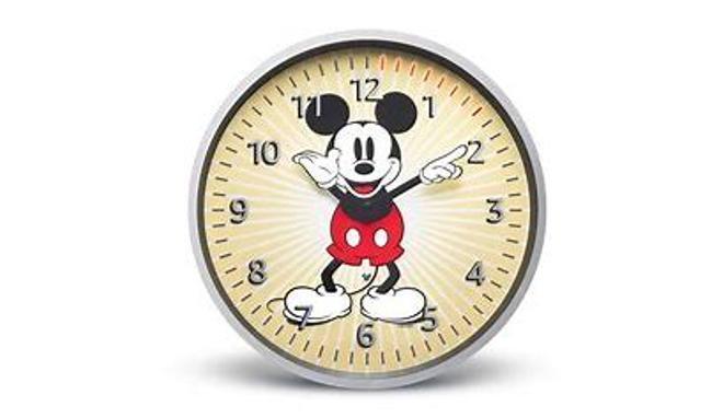 Amazon presenta el Echo Wall Clock Edición Mickey Mouse