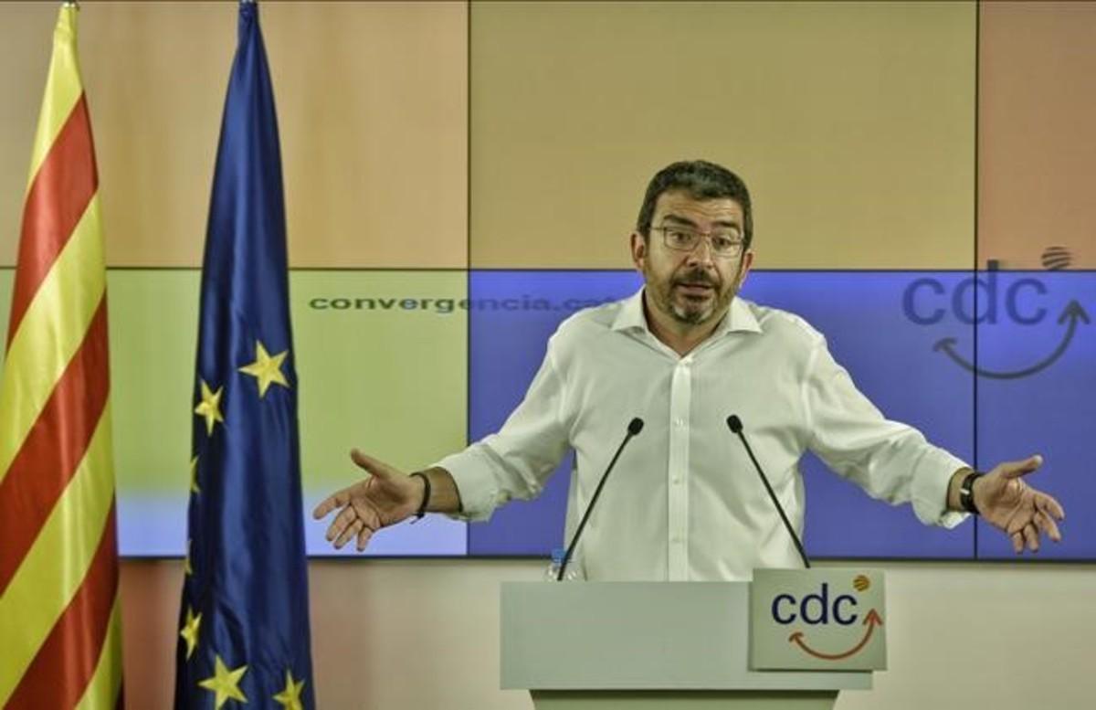 Los tres finalistas para la nueva CDC: 'Junts per Catalunya', 'Partit Demòcrata Català' y 'Partit Nacional Català'
