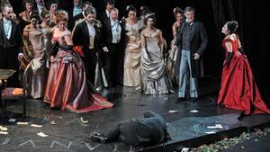 'Traviata' liceísta contra viento y marea