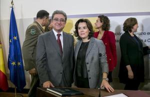 Enric Millo junto a Soraya Sáenz de Santamaríaen la toma de posesión del cargo como delegado del Gobierno en Catalunya.