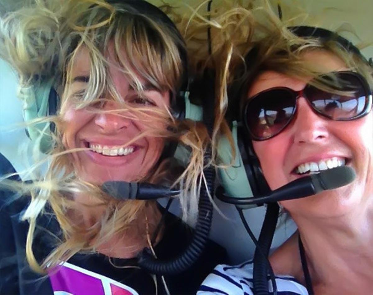 Ria y Mónica, en helicóptero, de Ria Molde, que tiene cuenta en Instagram desde octubre del 2010 y cuenta con 23.500 seguidores.
