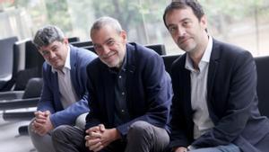 De izquierda a derecha: Antonio Mercero, Jorge Díaz y Agustín Martínez, los tres ganadores del Premio Planeta .