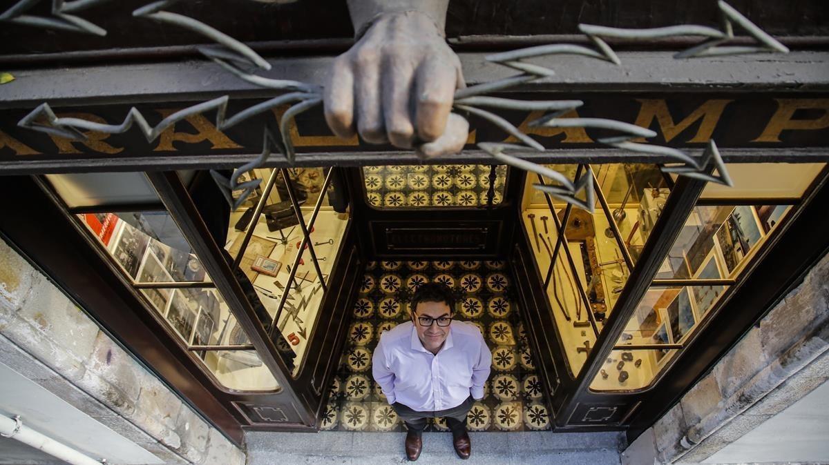 La botiga de parallamps més antiga del món