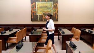 La exministra de Fomento, Magdalena Álvarez, poco antes de su comparecencia en la Comisión del Congreso.