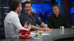 Pablo Motos, con Javier Bardem y Eduard Fernández en 'El hormiguero'.