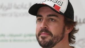 Fernando Alonso muestra su imagen más desconocida en esta serie