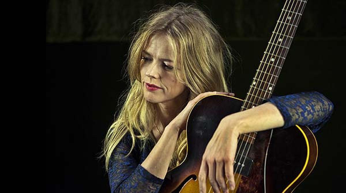 La cantante madrileña interpreta 'Canción del eco'