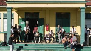 El grupo barcelonés de ska Soweto actuando en la Alpha Boys School de Kingston (Jamaica).