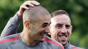 Benzema y Ribéry, en un entrenamiento de la selección francesa