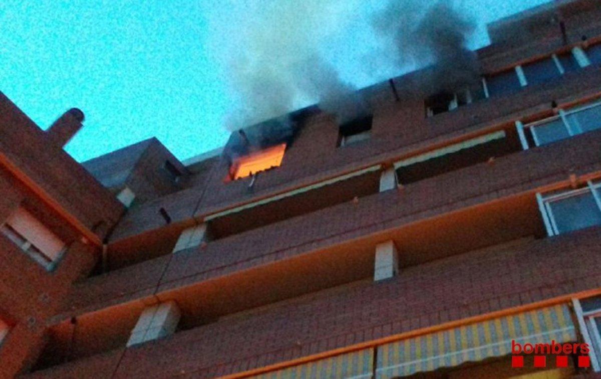Muere una anciana en un incendio en Terrassa