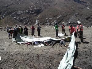 Cadáveres recuperados en una zona rural enNepal.