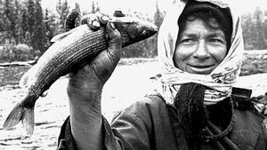 Agafia, la más joven de la familia Lykov. A los 76 años, sigue viviendo sola en la taiga.