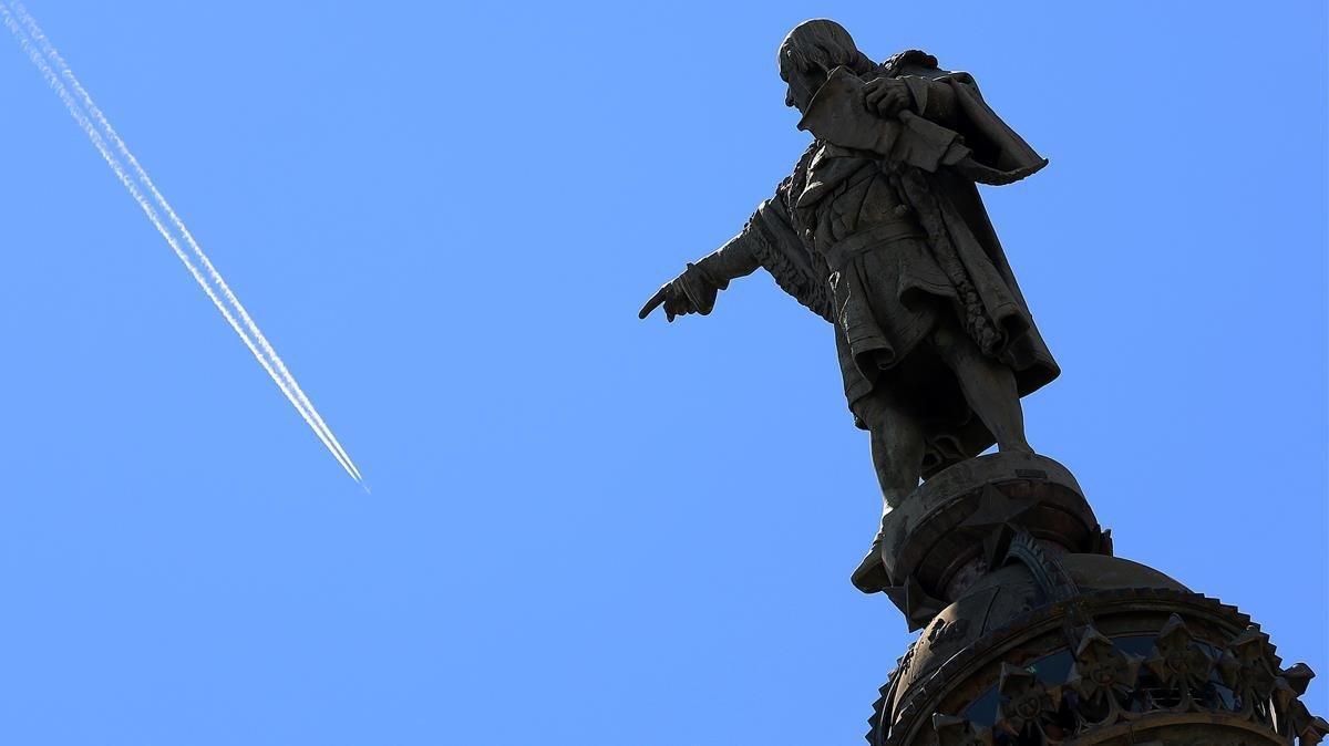 La emblemática estatua de Colón en Barcelona.