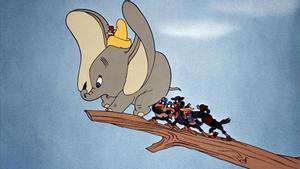 Los cuervos de 'Dumbo' son gitanos en el doblaje mexicano