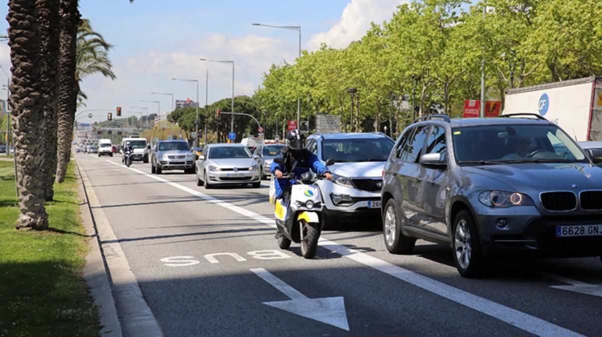 Los motoristas son los más afectados por accidentes de tránsito, según el balance de siniestralidad del 'Ajuntament' .