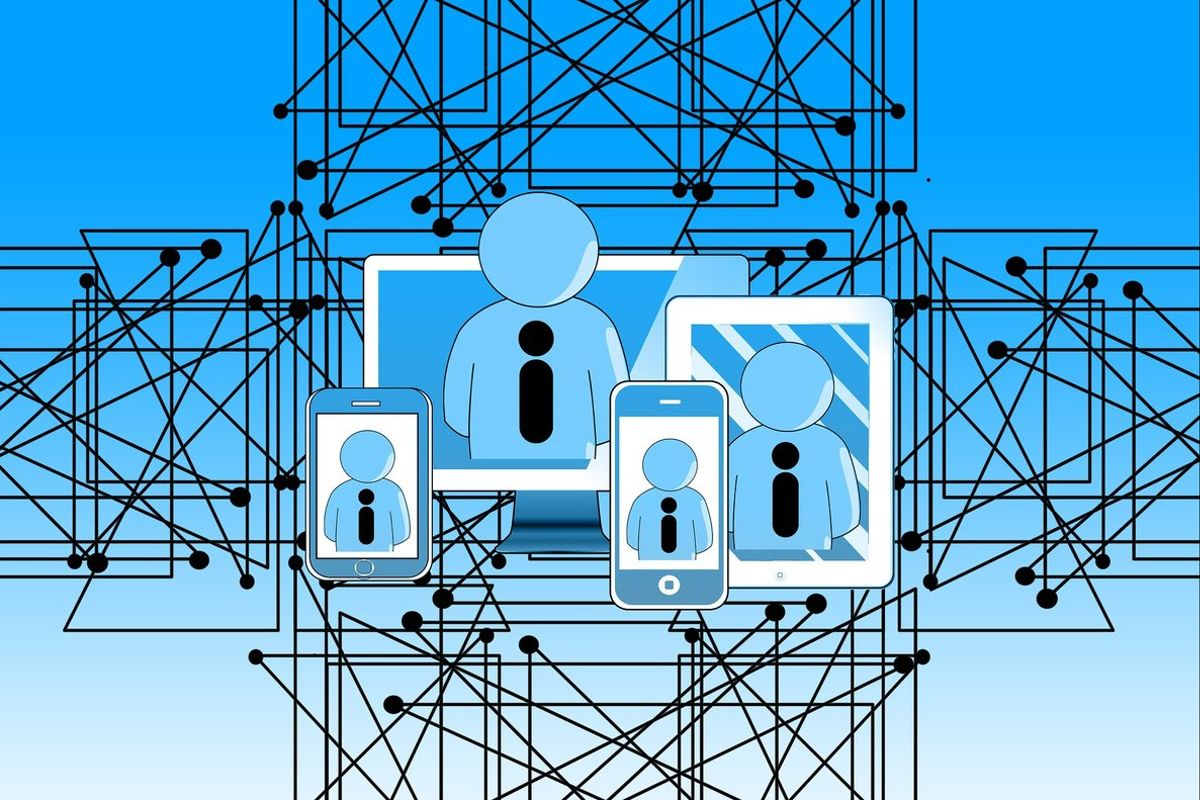 La recopilación y análisis de datos es unpilar fundamental de la fábrica inteligente