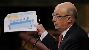 El ministro Montoro durante el debate de los Presupuestos del Estado.