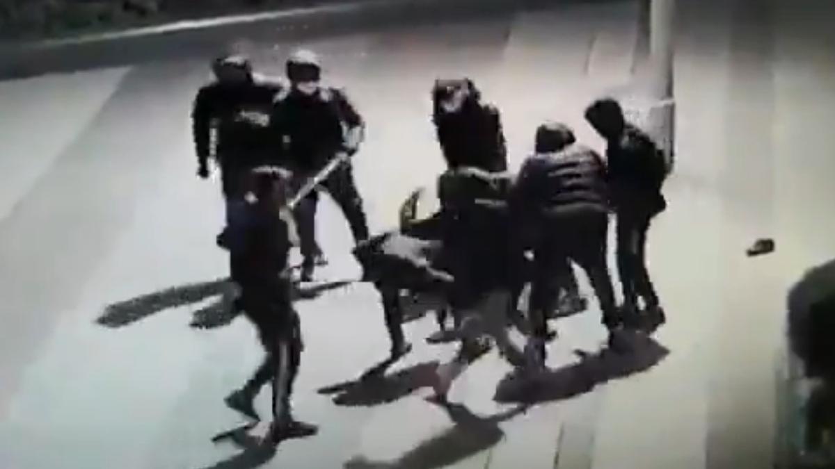 Indignació a França per la brutal pallissa a un adolescent