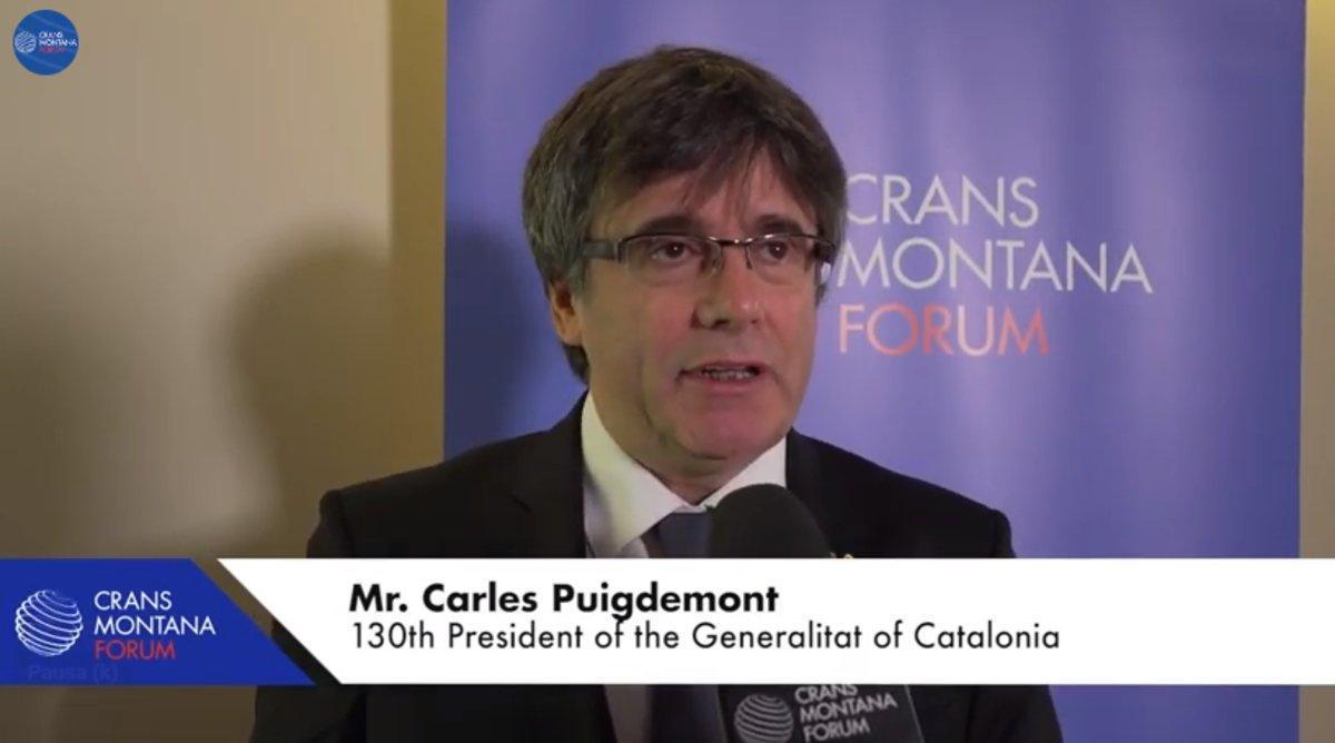 Puigdemont, entrevistado en el foro Crans Montana en el 2018.