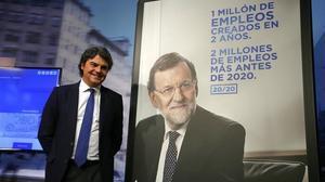 El director de campaña del PP, Jorge Moragas, en la presentación de los lemas, spot y cartelería de los conservadores cara a las elecciones generales