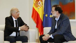 Mariano Rajoy con el exalcalde de Caracas Antonio Ledezma.