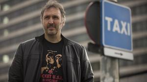 """Carlos Zanón: """"El taxi arriba a totes les Barcelones possibles"""""""