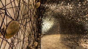ICULT fotos instalación permanente de Chiharu Shiota 'In the beginning was...', en el proyecto Planta de la Fundació Soriguer, en su gravera de Berenguer (Lleida)