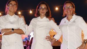 Las cocineras Carlota Claver, Laura Veraguas y Iolanda Bustos, autoras de las cenas The Bonfire en el Hotel W.