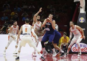 Basketball - FIBA World Cup - Second Round - Group J - Spain v Serbia - Wuhan Sports Centre, Wuhan, China - September 8, 2019 Serbia's Nikola Jokic in action with Spain's Rudy Fernandez, Pau Ribas, Marc Gasol and Victor Claver REUTERS/Jason Lee