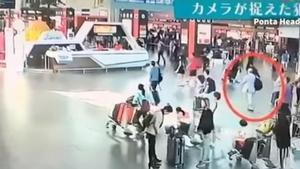 Un vídeo mostra tota la seqüència de l'assassinat del germà de Kim Jong-un