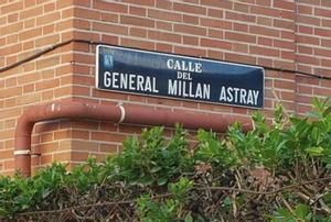 Placa de la calle Millán Astray de Madrid.
